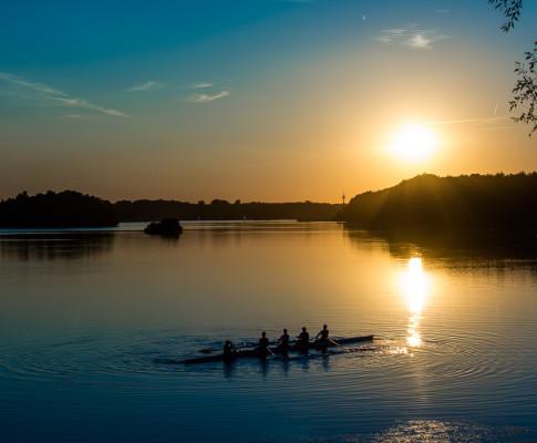 Sonnenuntergang am Unterbacher See