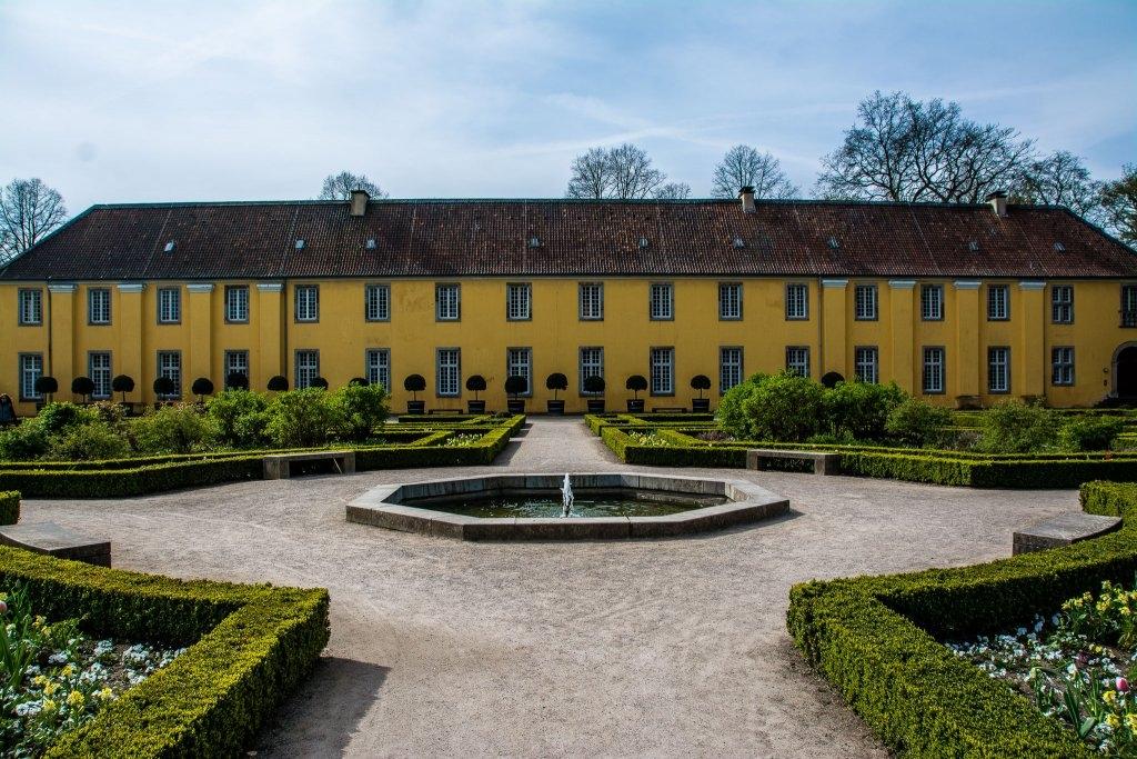 20150419-SchlossBenrath-DSC_1726.jpg