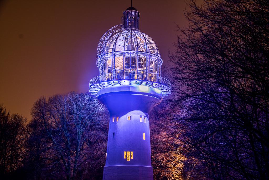 Lichtturm mal beleuchtet