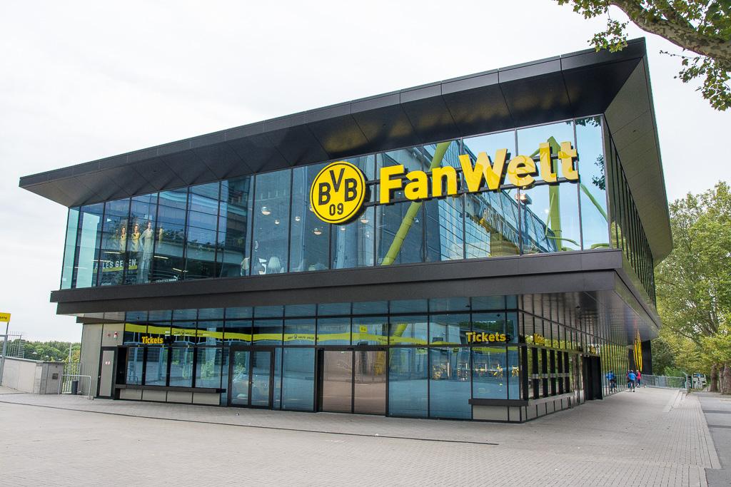 Im Westfalenpark und dem Signal Iduna Park (BVB)