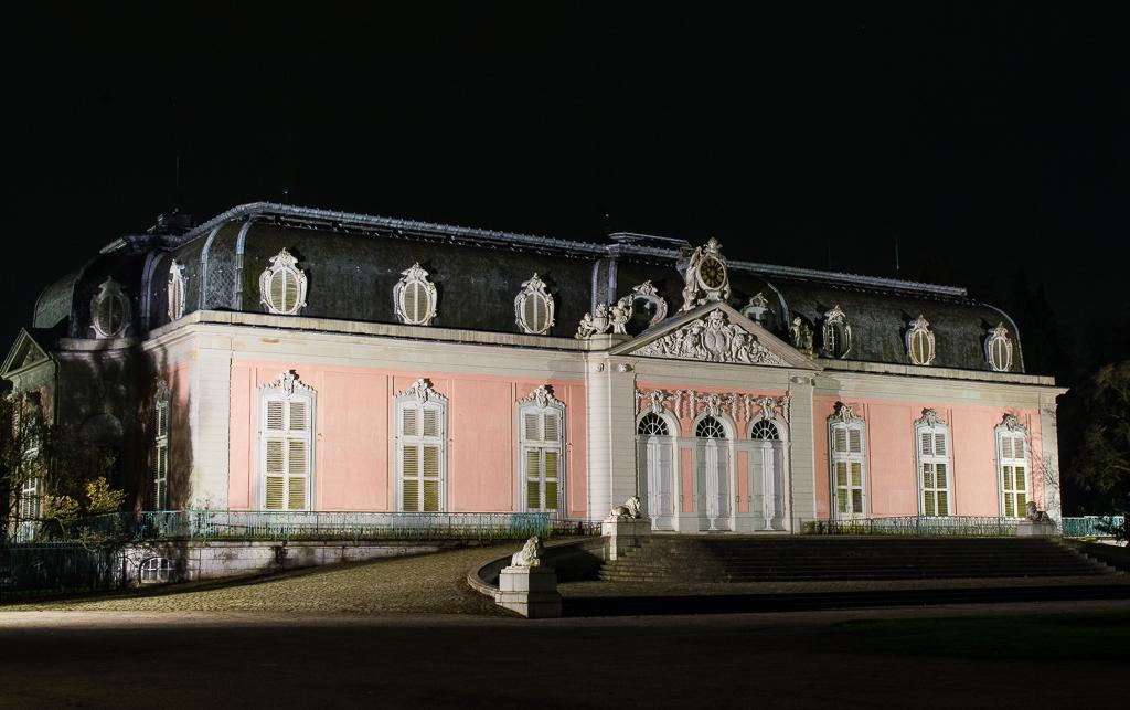Schloß Benrath bei Nacht