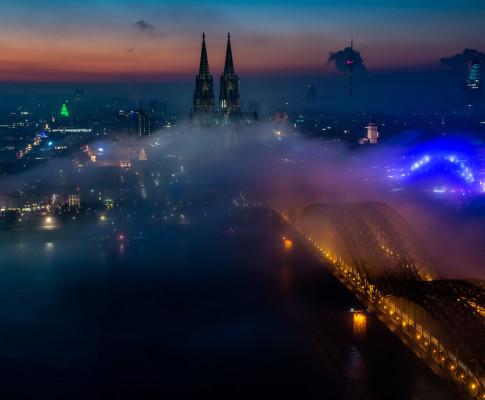 Wenn der Nebel nach Köln wabert