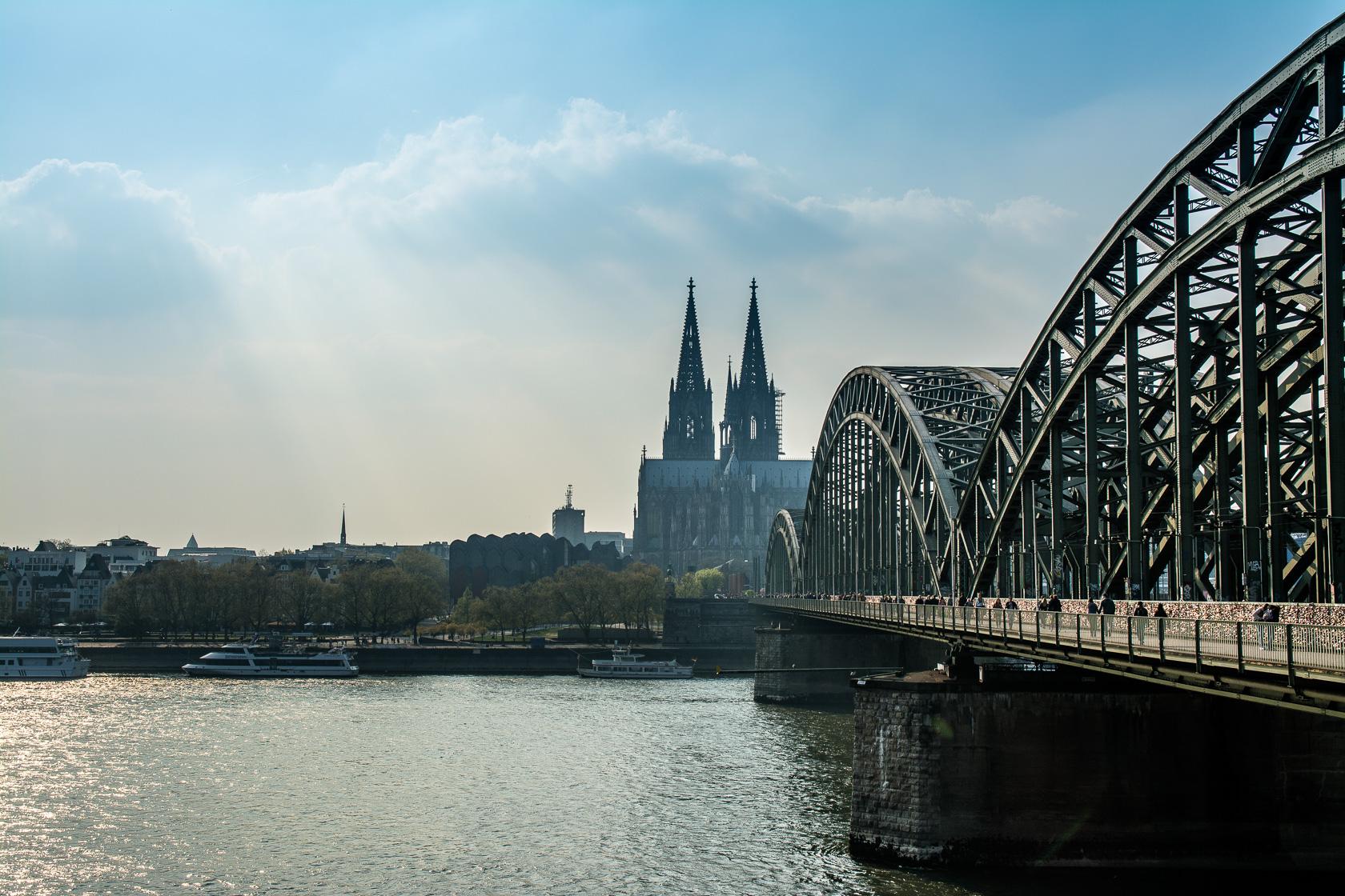 Köln – von Oben, der Seite und der Dom von drinnen