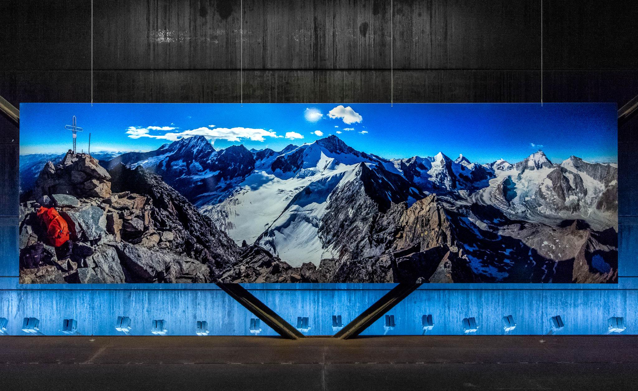 """Der Berg ruft"" – Ausstellung im Gasometer Oberhausen"