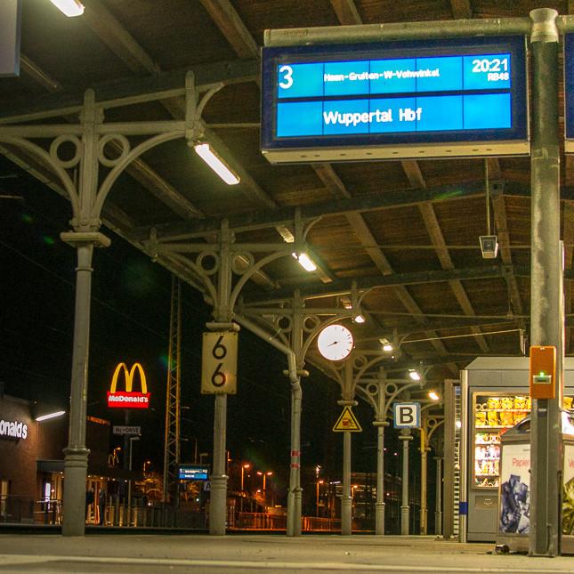 Abends am Solinger Hauptbahnhof